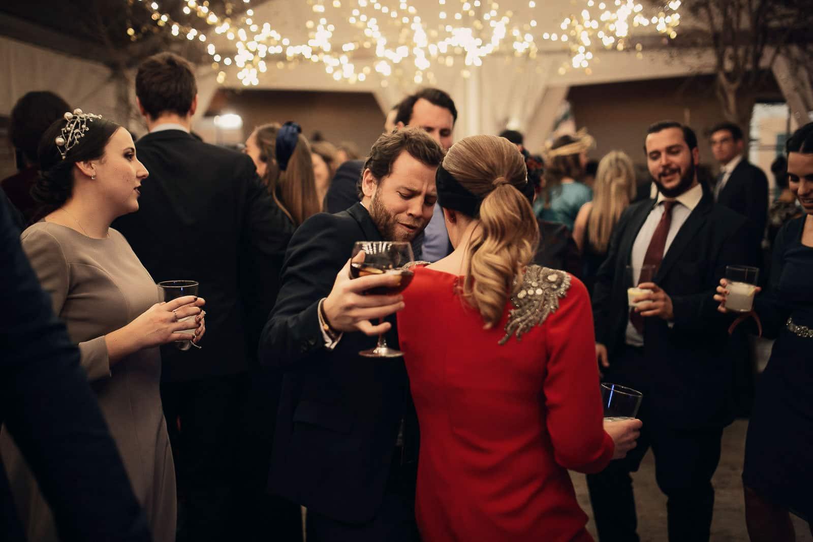 baile invitados fiesta luces valisse