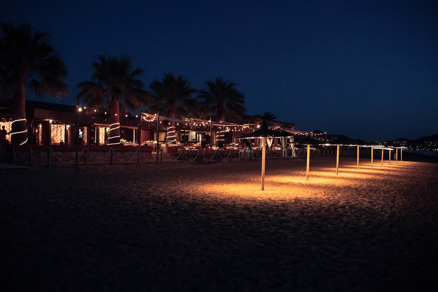 retaurante beach parador luces decoracion valisse noche