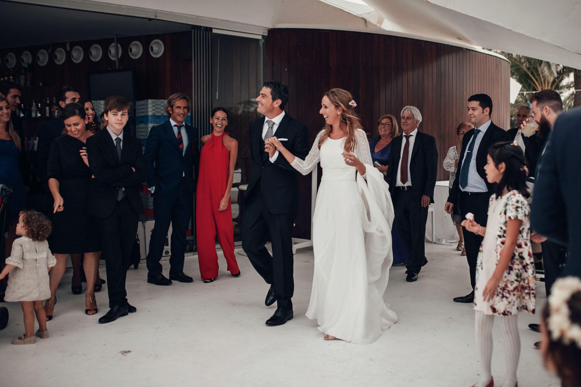 entrada wedding novios invitados Cabo de Palos fotografia restaurante