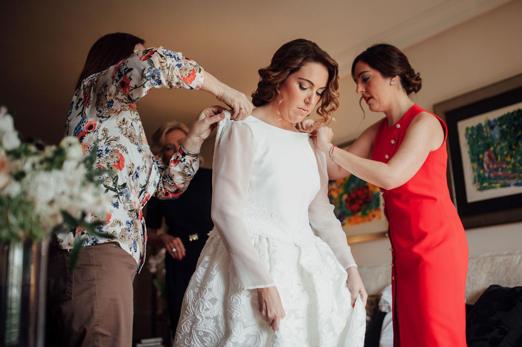 vistiendo novia detalles vestido novia blanco