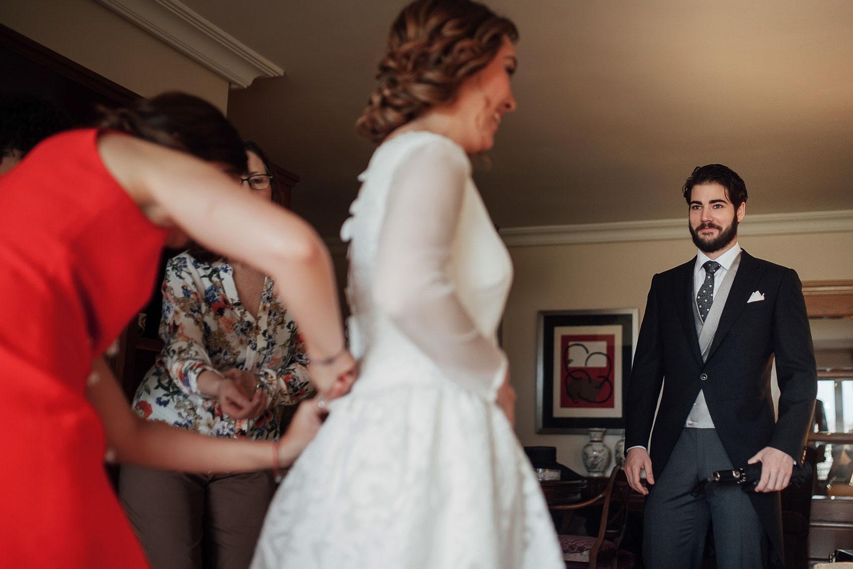 hermano novia vestido detalles boda