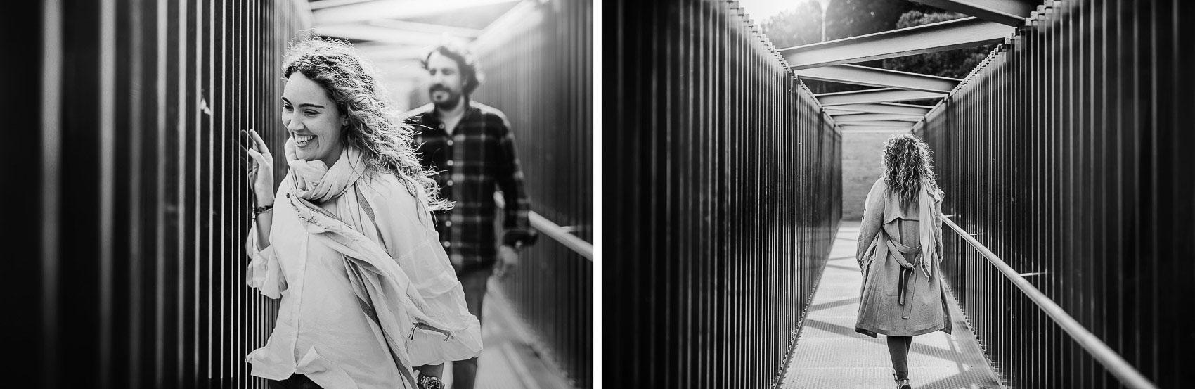 novios pasillo arquitecura fotografia blanco y negro