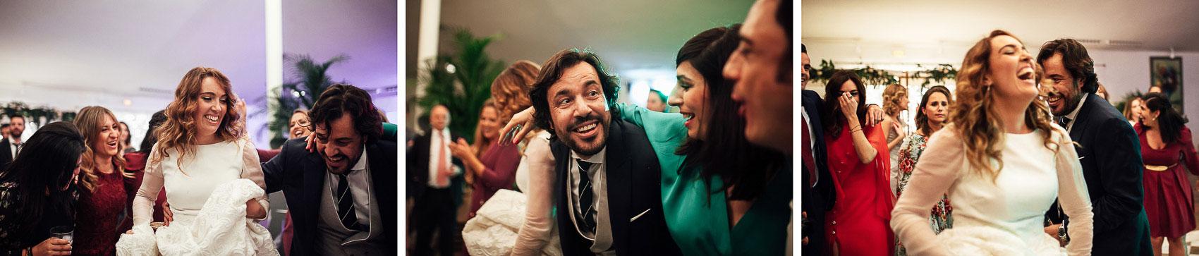 novios fiesta copas invitados cocktail fotografia
