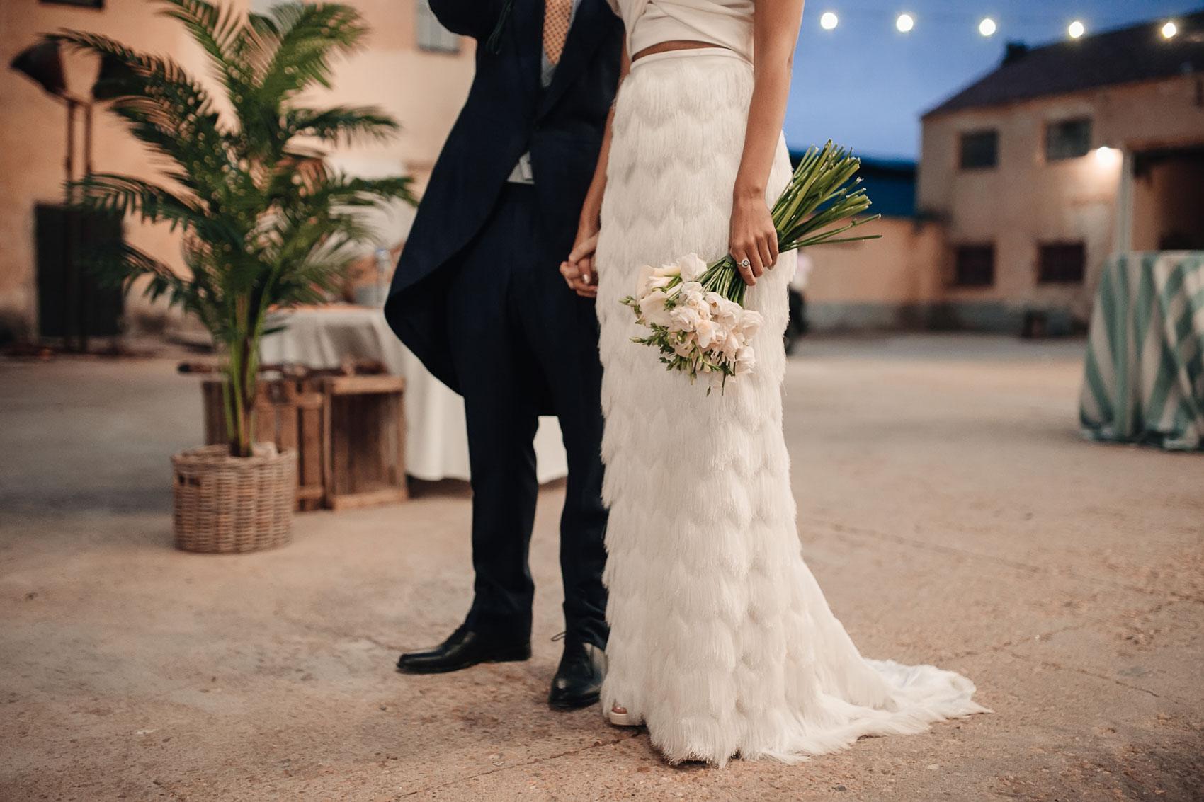 Vestido de novia de flecos